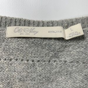 Old Navy Sweaters - Old Navy | Gray V-Neck Shimmer Knit Sweater Large
